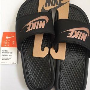 women's Nike Benassi slide sandal